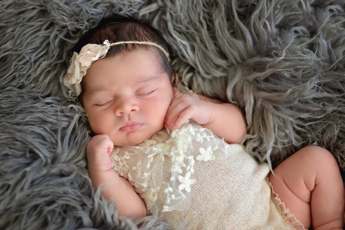 Tampa-Newborn-Photographer-10